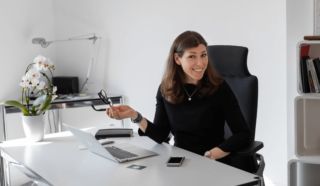 Warum es uns Frauen oft schwerfällt, uns online zu zeigen